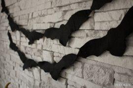 Halloween Deko basteln: Fledermausgirlande aus Filz