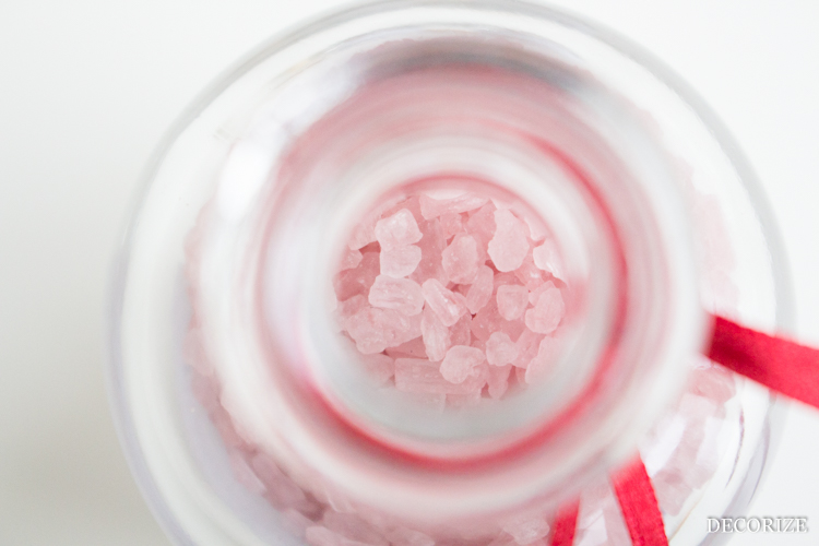 selbstgemachtes Rotwein-Salz
