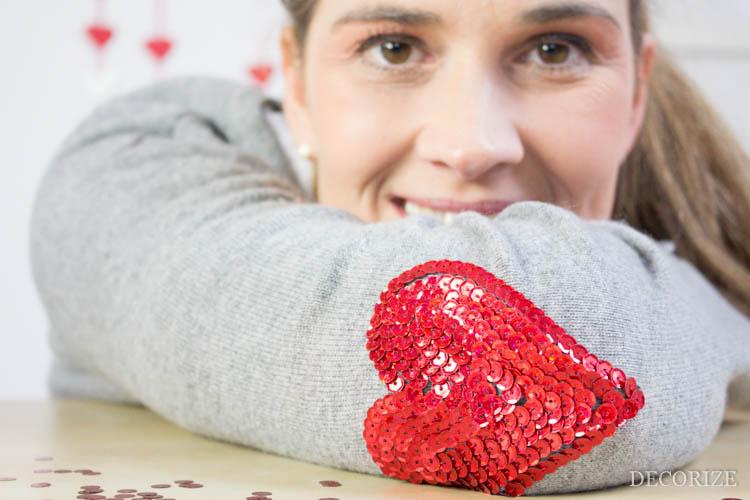 DIY Pailletten-Badge ohne Nadel und Faden