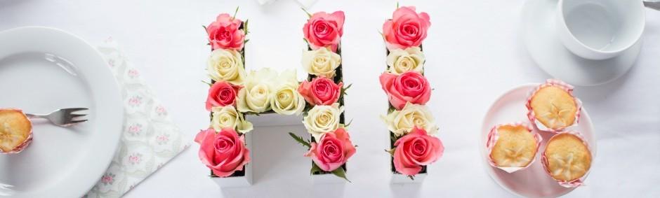 Blumen Tischdeko diy buchstaben aus blumen für die tischdeko