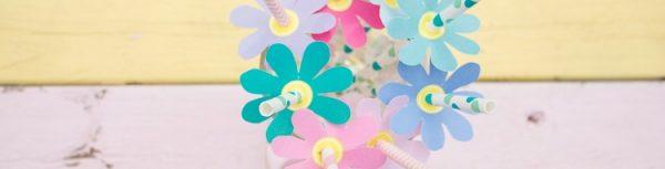 Viele viele bunte Blümchen - DIY Strohhalm-Blumen