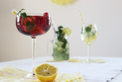 Partystories_sommerdrinks-mit-Limoncello_berry-secco_8