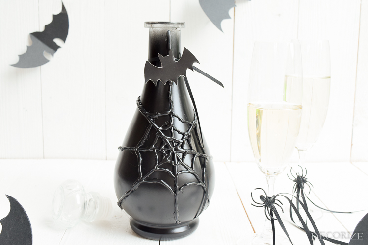 auf einen schluck hexenbr u halloween glas karaffe decorize. Black Bedroom Furniture Sets. Home Design Ideas