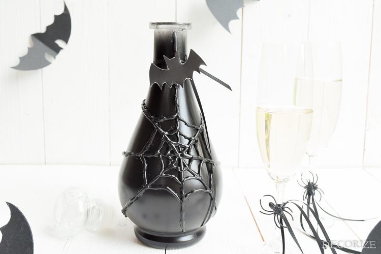 halloween-karaffe-spinnennetz-by-decorize-4
