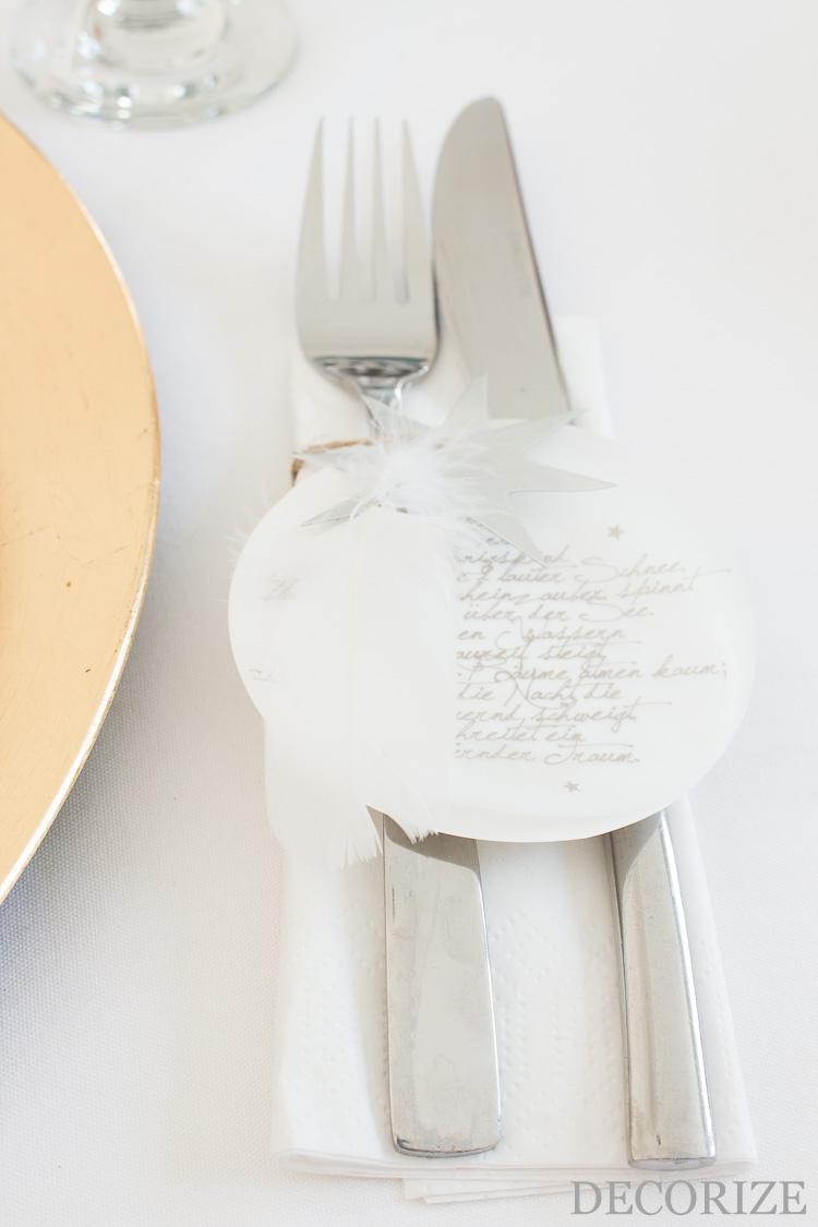 federleichte Tischdeko