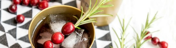 Prost Neujahrs-Drink: Cranberry Moscow Mules