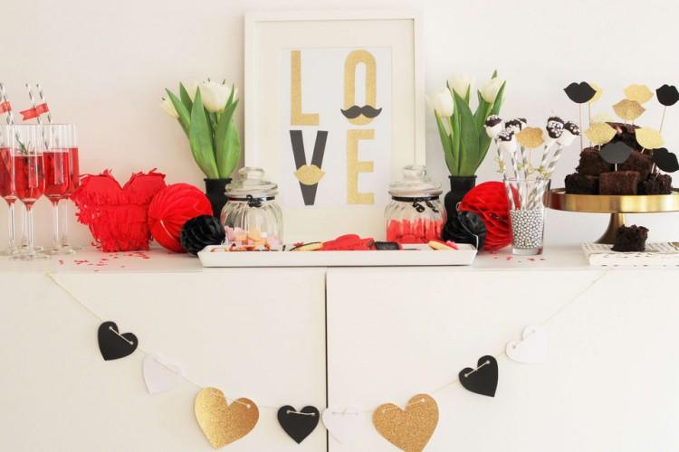 Partystories - bild-valentinstag-schön-zu-feiern-ist-ganz-einfach-mit-diesen-ideen-für-dekoration-girlanden-geschenken-rezepten-und-praktischen-tipps-gefunden-auf-www-partystories-de