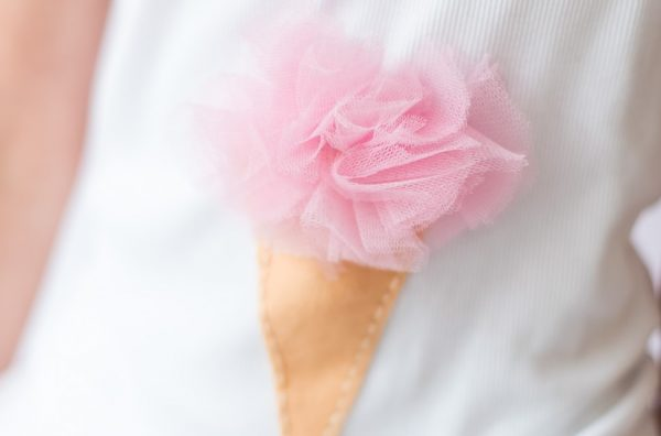 DIY Shirt - Eiskugel aus Tüll
