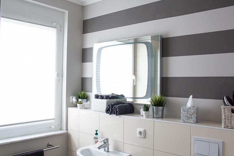 Renovieren: Perfekte Streifen für deine Wand mit diesem Trick